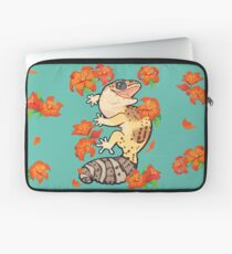 Fire lily gecko Laptop Sleeve