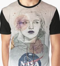 I NEED MORE SPACE Camiseta gráfica