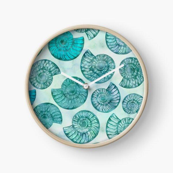Scintillement sous-marin Shell paysage en turquoise, aqua et sarcelle Horloge
