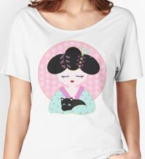 Geisha with cat Women's Relaxed Fit T-Shirt