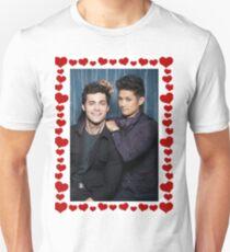 Malec Hearts Photobooth T-Shirt