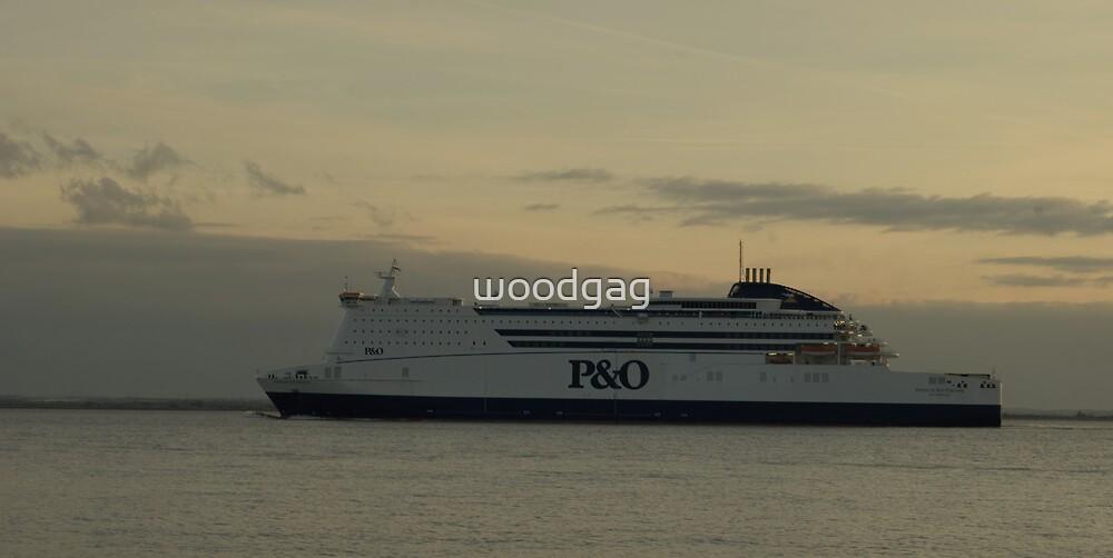 Pride of Rotterdam by woodgag
