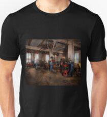 Autobody - The bodyshop 1916 T-Shirt