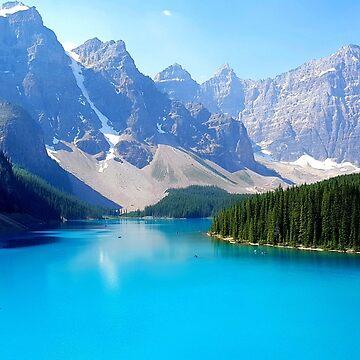 Moraine Lake, Alberta Canada  by dancinfreakshow
