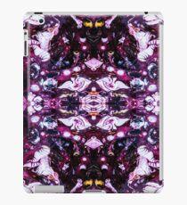 Purples/Black/White Reflected iPad Case/Skin