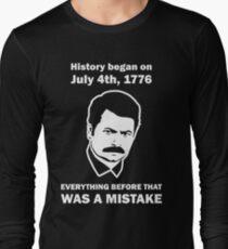 Ron Swanson History July 4 1776 (dark) T-Shirt