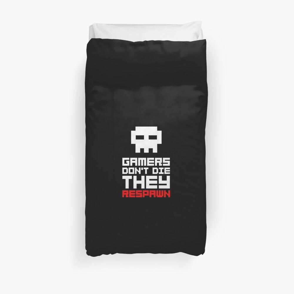 Pixel Skull Gamers Don't Die Duvet Cover