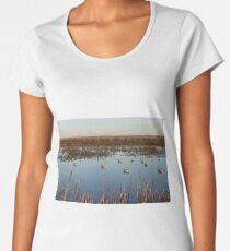 Magee Marsh Duck Hunt Women's Premium T-Shirt