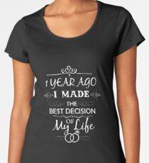 Funny 1st Wedding Anniversary Shirts. Funny Wedding Anniversary Gifts Women's Premium T-Shirt