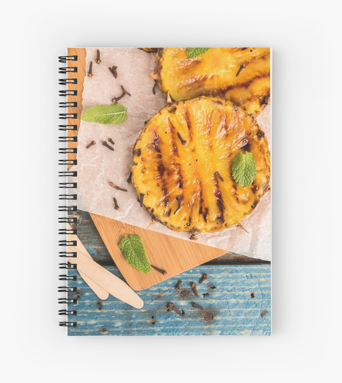 Grilled pineapple slices by homydesign