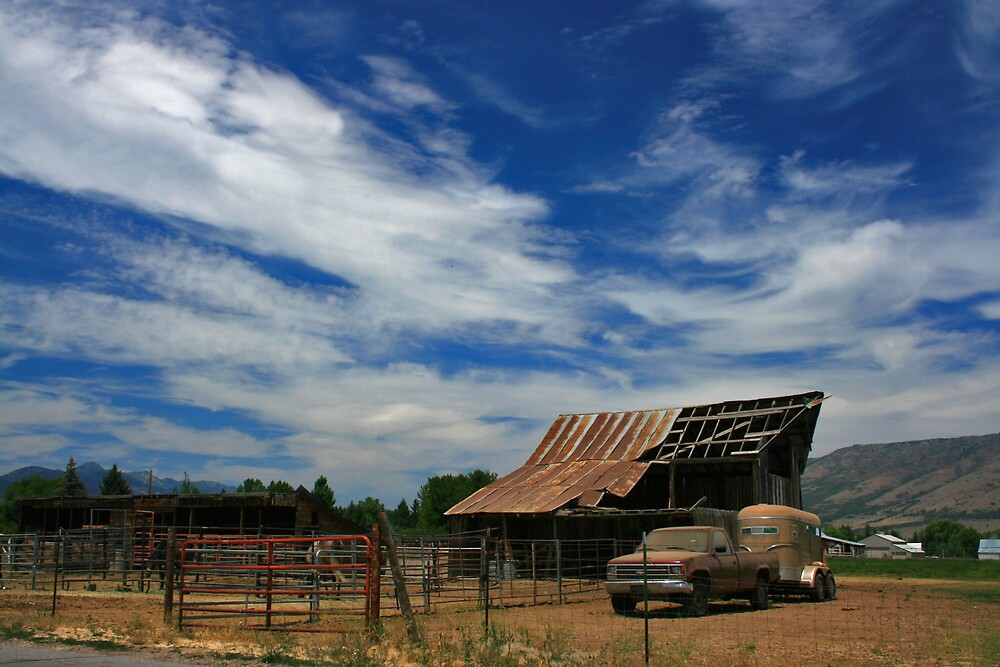 The Old Barn by Ken Fortie