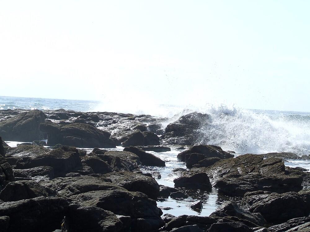 Waves I by madebycara