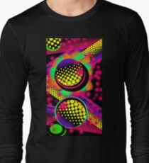 Shocking Pink: Neon vibrant abstract circle graffiti patterns  T-Shirt