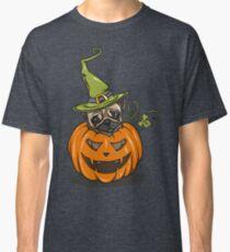 cute halloween pumpkin pug Classic T-Shirt