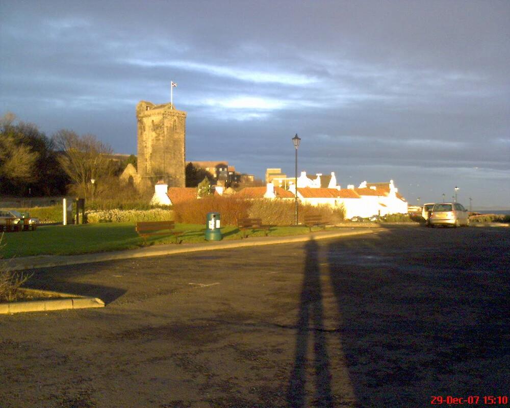 scottish castle in kirkcaldy. by cwatson