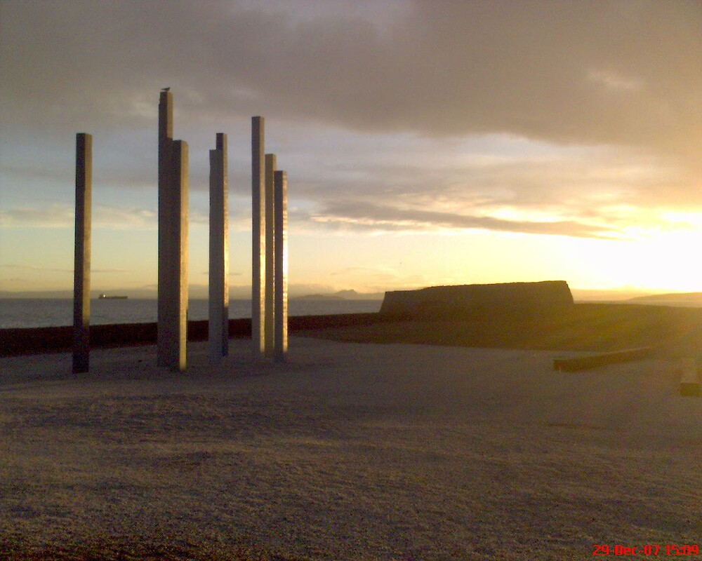 kirkcaldy beach scotland by cwatson