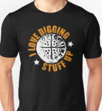 Metal detecting t shirt, hammered coin design Unisex T-Shirt