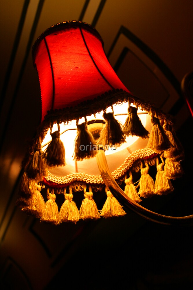 Red Lamp by orianne