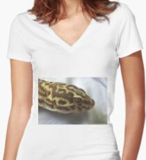 The Dragon's Eye Women's Fitted V-Neck T-Shirt
