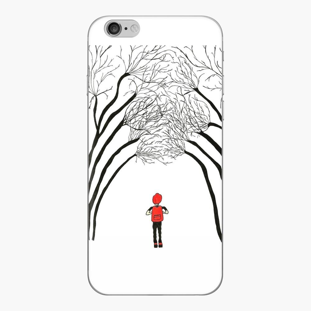 """""""Unten im Wald"""" iPhone-Hüllen & Cover"""