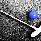 blue golf ball by SNAPPYDAVE