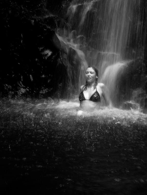wings in waterfall by mooreno1