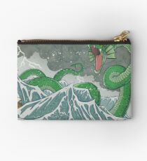 Drache der Tiefe Studio Clutch