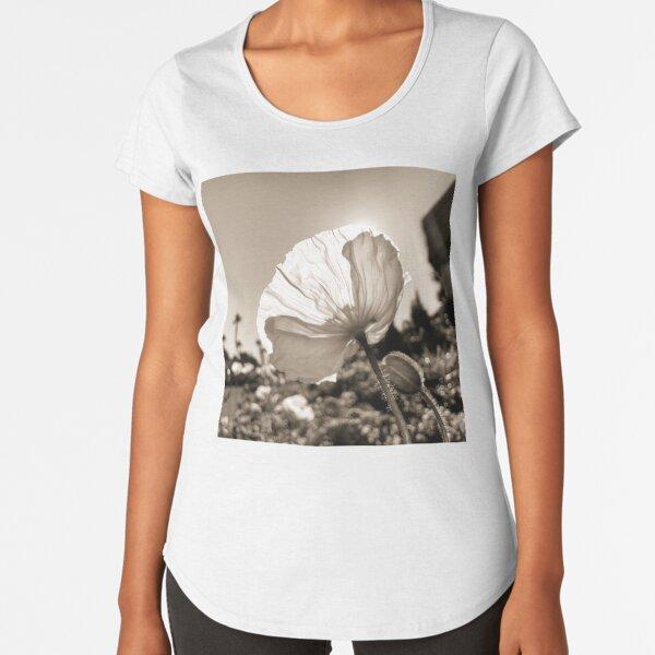 Oakland Poppies Premium Scoop T-Shirt