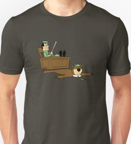 Yogi Bear rug T-Shirt
