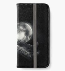 Moon Play iPhone Wallet/Case/Skin