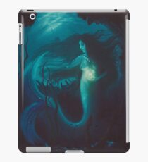 Is There Starlight Under the Sea iPad Case/Skin