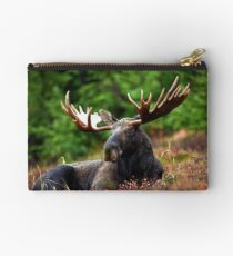 Relax Moose Studio Pouch