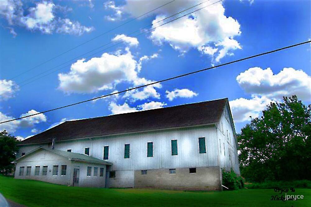 White Barn by jpryce