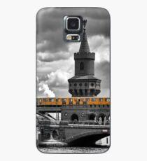 yellow city train Case/Skin for Samsung Galaxy