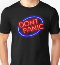 """Hitchhiker's Guide - """"Don't Panic"""" Neon Sign T-Shirt"""