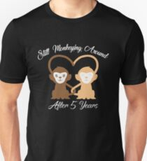 Amazing T-shirt For Couples, Funny 5 Year Wedding Anniversary Gifts For Women/Men Unisex T-Shirt