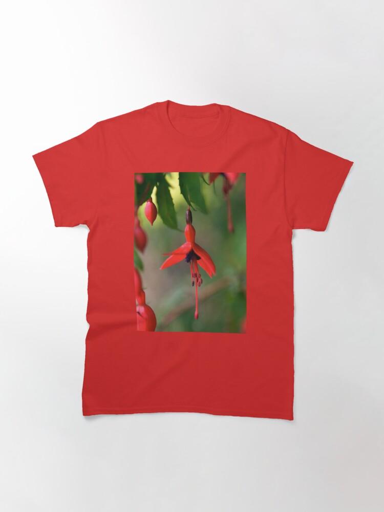 Alternate view of Single Wild Fuchsia Flower, Loch Na Fooey Classic T-Shirt