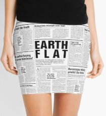 Minifalda The Fake News Vol. 1, No. 1