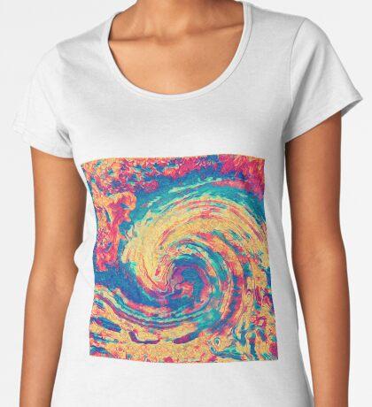 King wave Premium Scoop T-Shirt