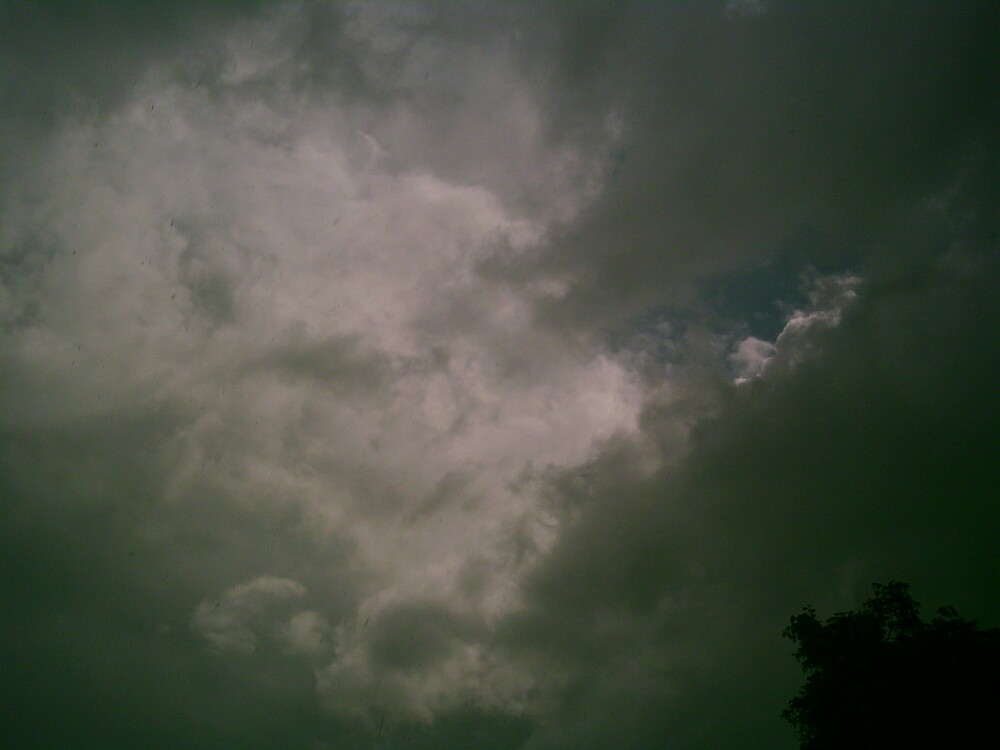 angry sky by jackie2012