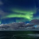 Aurora and the waves by Frank Olsen