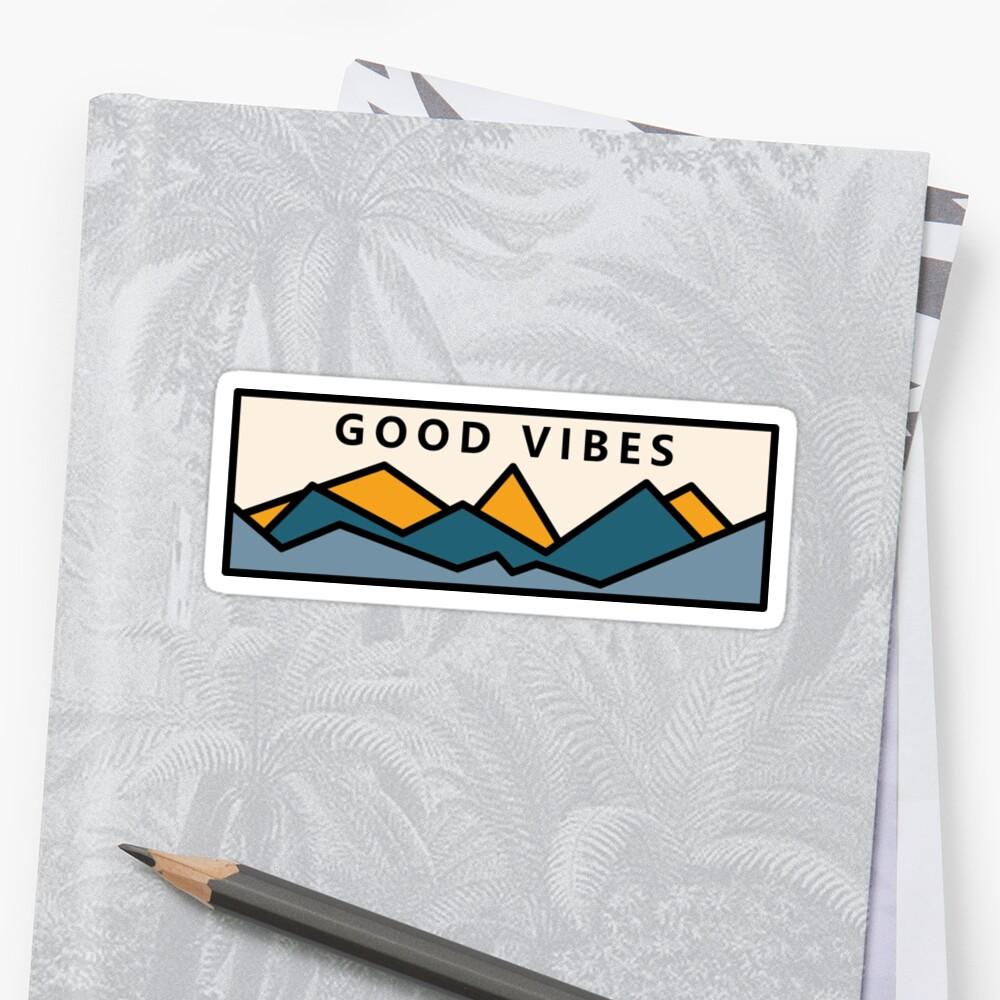 PegatinaBuenas vibraciones en las montañas Delante