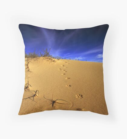 Fox tracks. Throw Pillow
