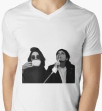 Kylie & Kendall Drinking Coffee T-Shirt