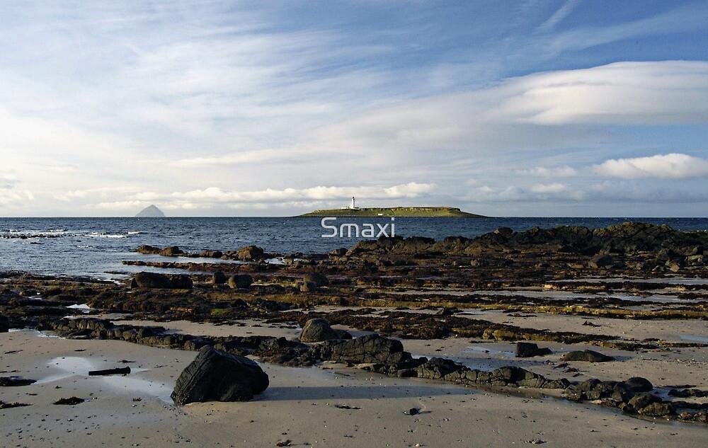 Pladda Island by Smaxi