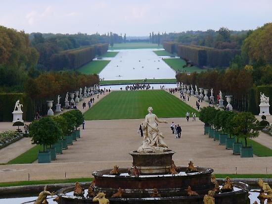 Palace of Versailles gardens, Paris by chord0