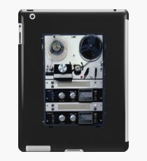 retro tape-recorder iPad Case/Skin