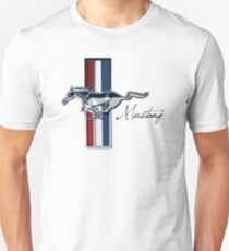 Classic Vintage Ford Mustang Emblem | Uploaded at 8100 px = super high quality print (don't be fooled by cheap replicas) Unisex T-Shirt