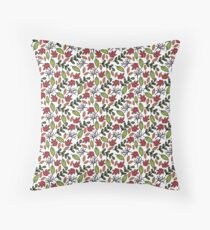 Seamless Fall Leaves Pattern Throw Pillow