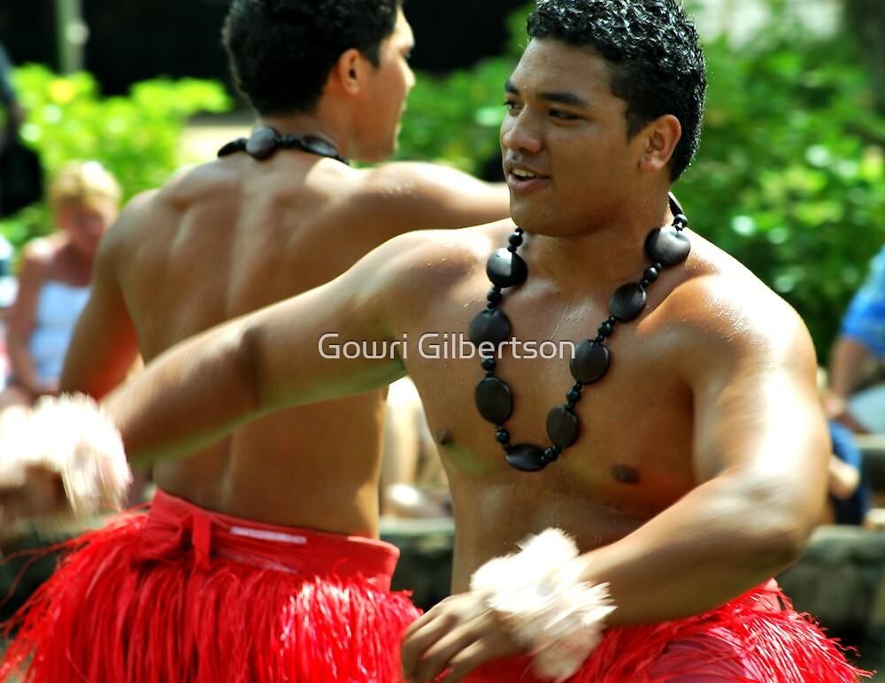 Polynesian dancers by Gowri Gilbertson